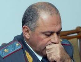 Ոստիկանապետը «կռուտիտ ա» լինում