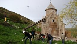 Հայ ժողովրդի հպարտության հուշարձանները աղբով են լցված