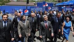 Նախագահ Սերժ Սարգսյանն այցելել է «Ջերմուկ Ինթերնեյշնլ» ընկերության «Պեպսի Կոլա Բոթլեր Հայաստան» գործարան