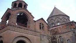 Հայ եկեղեցին հուշարձանագետ Սամվել Կարապետյանին մեղադրել է անամոթության և լկտիության մեջ