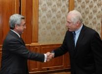 Սերժ Սարգսյանը ընդունել է «Նեյշնլ ինսթրումենթս» ընկերության նախագահին