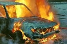 Նար-Դոս փողոցում մեքենա է այրվել
