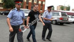 2 պատգամավորների երաշխավորությամբ կրակոցներ արձակած քաղաքապետի խորհրդականի տղան ազատ արձակվեց