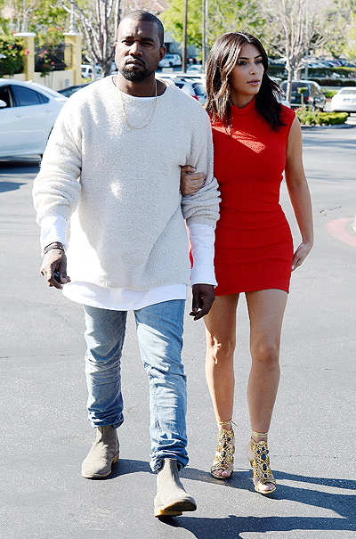 Kim Kardashian and Kanye West go to the movies in Calabasas
