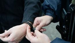 5 անձ ձերբակալվել է Երևանում քաղաքացուն առևանգելու և գերեզմանատանը բռնությամբ գումար պահանջելու կասկածանքով