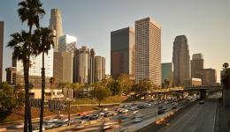 Լոս Անջելեսում ավտոմեքենան մխրճվել է մարդկանց ամբոխի մեջ