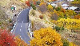 Բջնի-Արզական նորակառույց ճանապարհն այնքան հարթ է, որ մեքենաները դուրս են թռչում մայրուղուց