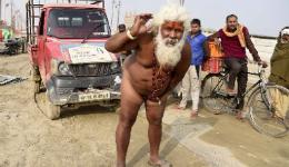 Հնդիկ վանականը սեռական օրգանով քաշել է միկրոավտոբուսը (լուսանկարներ)