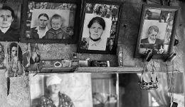 Հանգուցյալ հարազատների լուսանկարներ կախելը խլում է կենսական էներգիան
