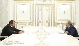 Նիկոլ Փաշինյանը և Գագիկ Ծառուկյանը դեկտեմբերին ՀՀ-ում արտահերթ խորհրդարանական ընտրություններ անցկացնելու վերաբերյալ հուշագիր են ստորագրել