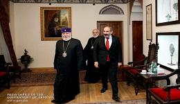 Քաղաքավարությունը շփոթում են թուլության հետ. Փաշինյանը հանդիպել է Կաթողիկոսի հետ