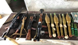 Արմավիրի ոստիկանները Արշալույս գյուղում հայտնաբերել են մեծ քանակությամբ ապօրինի պահվող զենք-զինամթերք