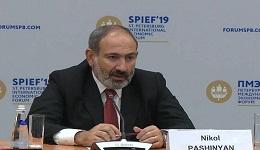 Մենք ստուգել ենք անգամ զինվորների զենքերը, ոչ մի կրակոց չի եղել. վարչապետը՝ ադրբեջանցի լրագրողին